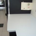 Cozinha em Quartz Compac Absolute Blanc