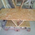 Mesa em mármore Lioz Amarelo